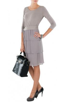 Sukienka plisowana beżowa