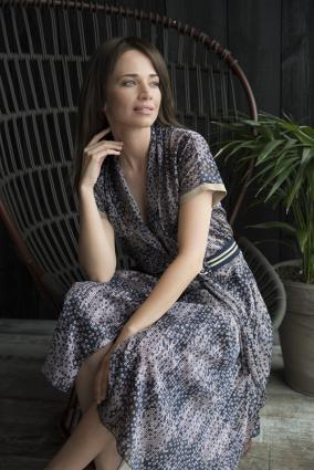 Sukienka midi z odcięciem w talii Verona_Anataka