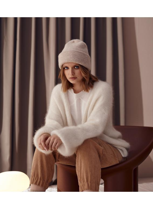 Ultramiękki, moherowy sweter Cobo ecru